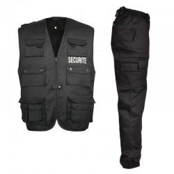 Gilet et pantalon noir pour surveillance